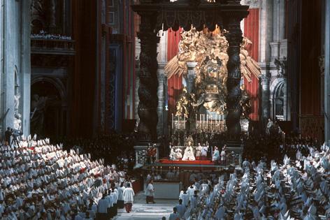 Archivbild vom Eröffnungsgottesdienst des Zweiten Vatikanischen Konzils