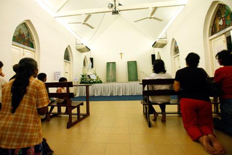 Christen in Malaysia beten zur Jungfrau Maria