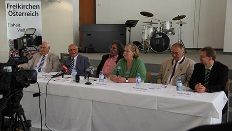 Vertreter der Freikirchen bei ihrer Pressekonferenz