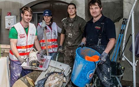 Team Österreich hilft bei Aufräumarbeiten nach dem Hochwasser