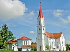 Evangelische Pfarrkirche Wallern und Aufbahrungshalle