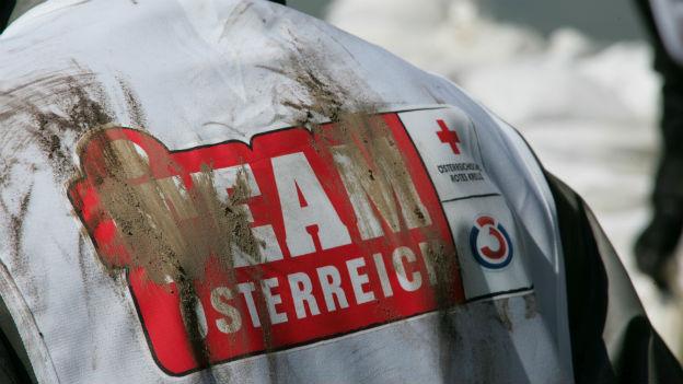 Das Team Österreich-Logo auf einer verschmutzten Jacke