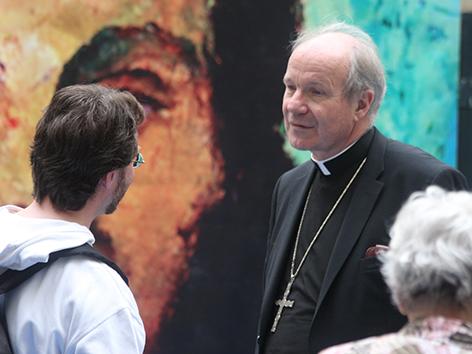 Apostelgeschichte 2010: Kardinal Christoph Schönborn im Gespräch mit Wiener Katholikinnen und Katholiken.