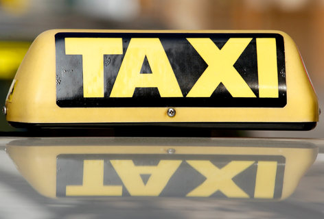 Taxis an einem Wiener Taxi-Stand