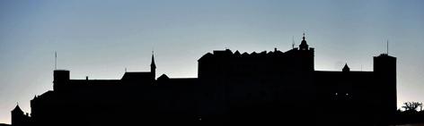 Die Silhouette der Festung Hohensalzburg
