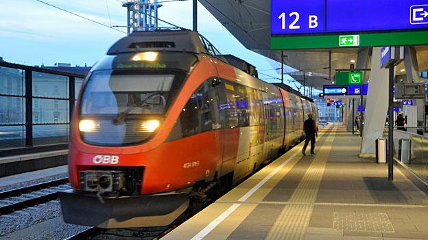 Öbb-Zug/Westbahnhof