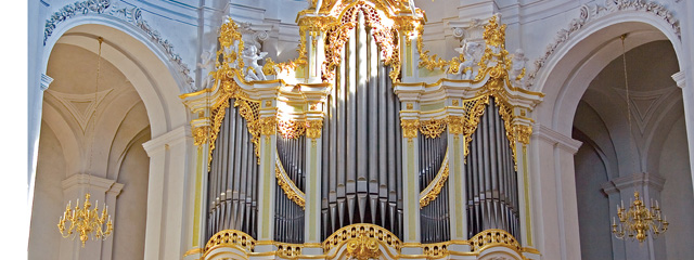 Silbermannorgel in der Kathedrale von Dresden