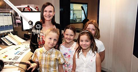 Melanie Hutter mit ihren Kindern.