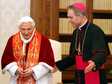 Benedikt XVI. und Georg Gänswein