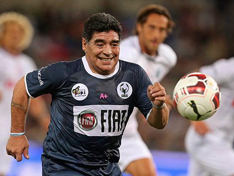 """Interreligiöses """"Spiel für Frieden"""" im Stadio Olympico in Rom. Diego Maradona"""