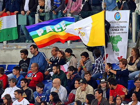 """Interreligiöses """"Spiel für Frieden"""" im Stadio Olympico in Rom"""