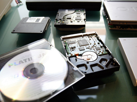 Besonders externe Speichermedien werden häufig auch zur Speicherung illegaler Inhalte genutzt.