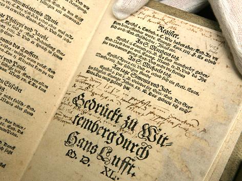 Bibelausgabe in Martin Luthers Übersetzung