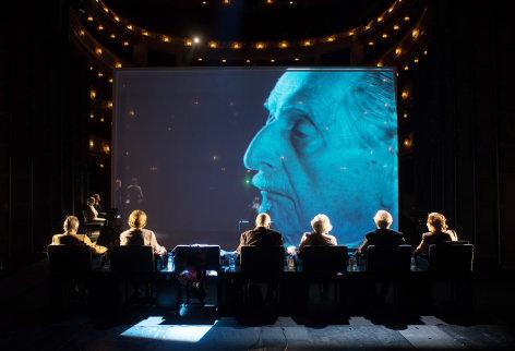 Die letzten Zeugen Aus dem Burgtheater: Die letzten Zeugen