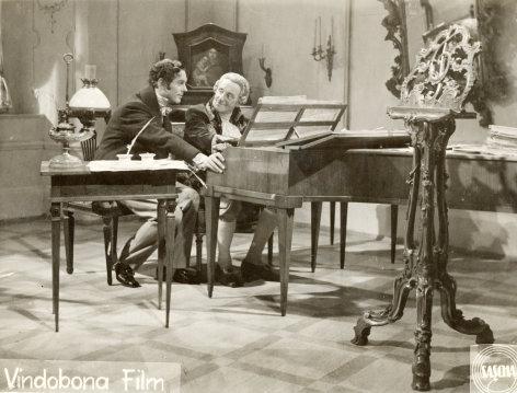 Singende Engel    Originaltitel: (AUT 1947), Regie: Gustav Ucicky; Drehbuch: Rolf Olsen, Gustav Ucicky.