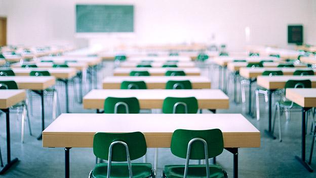 Ein Klassenzimmer in einer Schule