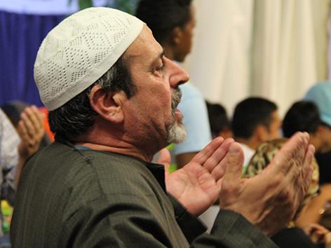 Fastenbrechen in der Selimiye-Moschee des türkisch-islamischen Kulturvereins Traiskirchen