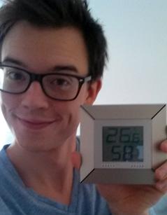 Philip Hansa und Werner Gruber basteln eine Klimaanlage