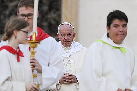 Papst Franziskus mit Ministranten bei der Ministrantenwallfahrt in Rom