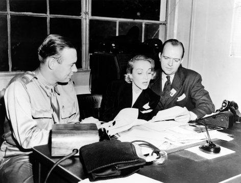 Hitlers Frauen  Marlene Dietrich - Die Feindin (5)