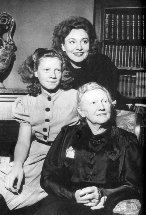 Hitlers Frauen  Zarah Leander - Die Sängerin (4)