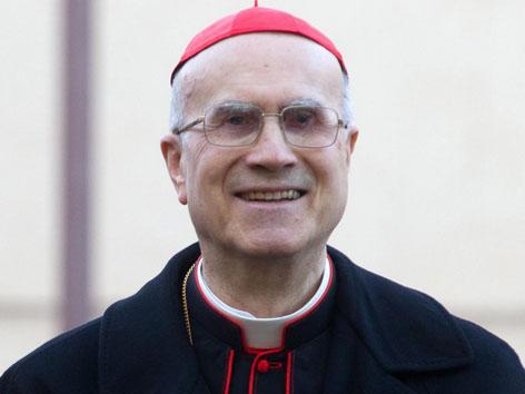 Kardinal Tarcisio Bertone