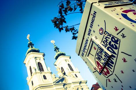 Der Spendenbriefkasten beim Ö3-Weihnachtswunder