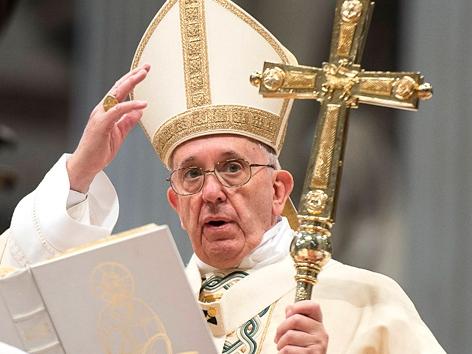 Papst Franziskus bei der Dreikönigsmesse im Petersdom, Vatikan