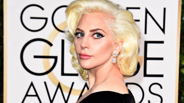 Lady Gaga bei den Golden Globes 2016