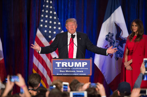 Donald Trump verzieht das Gesicht