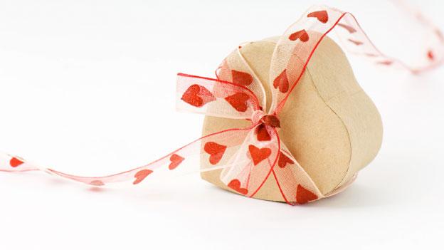 Herzförmige Schachtel