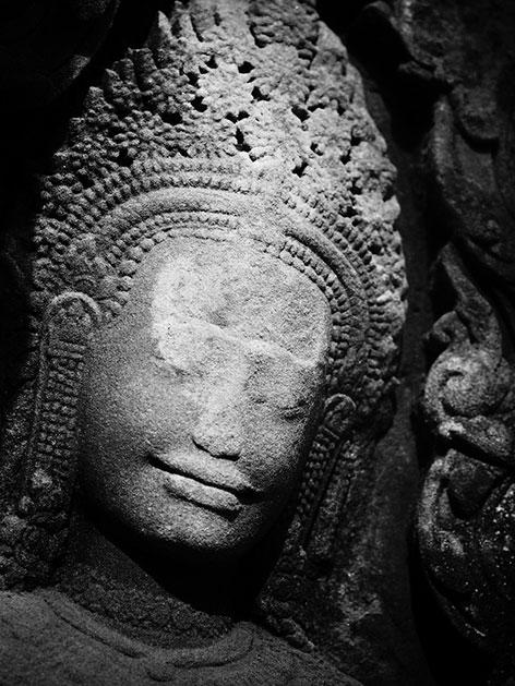 """Scharz/weiß-Fotografie """"Buddha-Statue"""" von Claudia Henzler"""