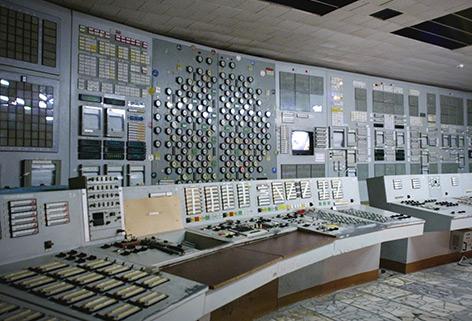 Kontrollraum in Atomkraftwerk Tschernobyl