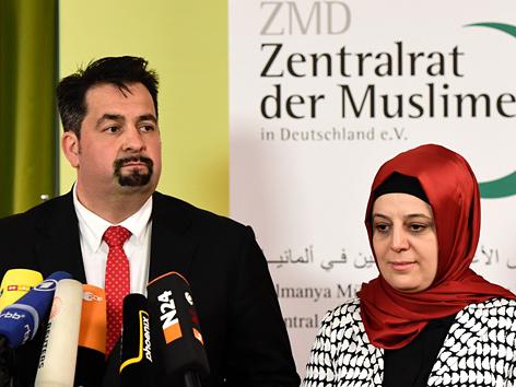 Der Vorsitzende des deutschen Zentralrats der Muslime (ZMD), Aiman Mazyek und die ZMD-Generalsekretärin Nurhan Soykan