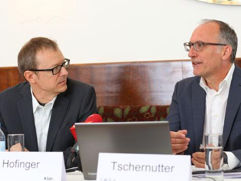 Christoph Hofinger (SORA) und Sepp Tschernutter (klar)