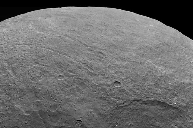 Die Oberfläche von Ceres