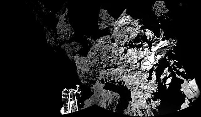 """Landeroboter """"Philae"""" in felsigem Gelände"""