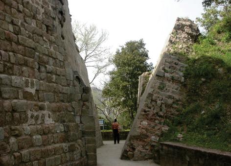 Schiede Wand am Kangra Tempel