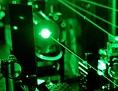 Teil der Laseranlage, die für das Experiment zur Bestimmung der Deuterongrösse benötigt wird