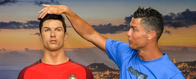 Ronaldo mit Wachsfigur