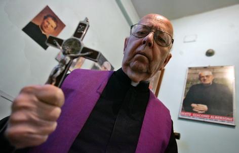 Chefexorzist Amorth Vatikan