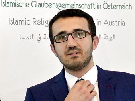 Ibrahim Olgun, Präsident der Islamischen Glaubensgemeinschaft in Österreich (IGGÖ), am Montag, 19. September 2016, während einer Pressekonferenz in Wien