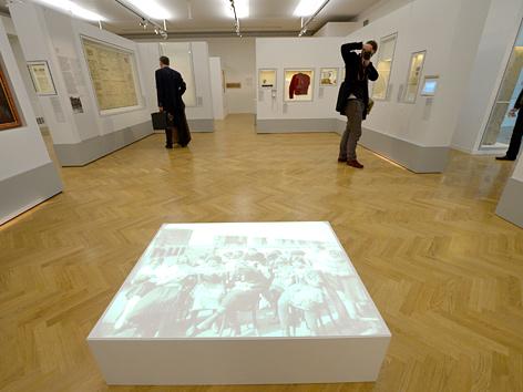 """Ausstellung  """"Unsere Stadt! Jüdisches Wien bis heute"""" im Jüdischen Museum Wien"""