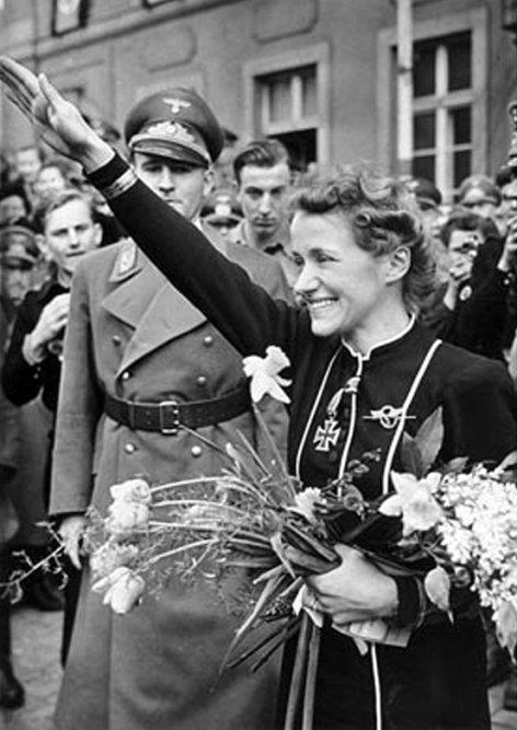 Idole der Nazis - Hanna Reitsch - Hitlers Fliegerin