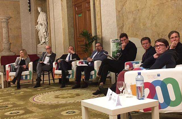 Die Teilnehmer der Podiumsdiskussion
