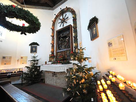 """Innenansicht der  """"Stille Nacht-Kapelle"""" in Oberndorf bei Salzburg"""