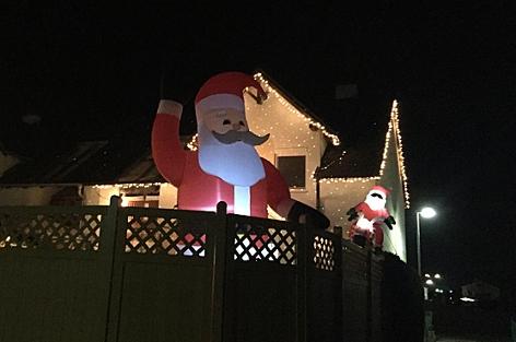 Ab Wann Macht Man Die Weihnachtsbeleuchtung An.Wie Viel Weihnachtskitsch Noch Zumutbar Ist Help Orf At