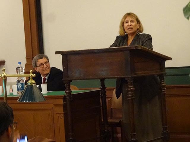 Fania Oz-Salzberger bei ihrem Vortrag am Center for Israel Studies an der Uni Wien