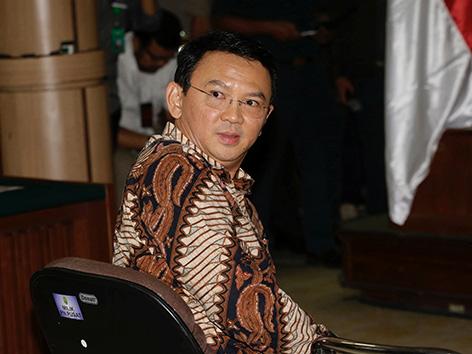 Der christliche Gouverneur von Jakarta Basuki Tjahaja Purnama steht in Indonesien Gericht wegen dem Vorwurf der Blasphemie