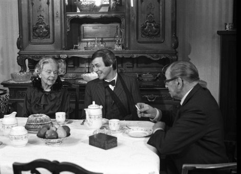 Die Tante Jolesch oder Der Untergang des Abendlandes    Originaltitel: (AUT 1978), Regie: Wolfgang F. Henschel
